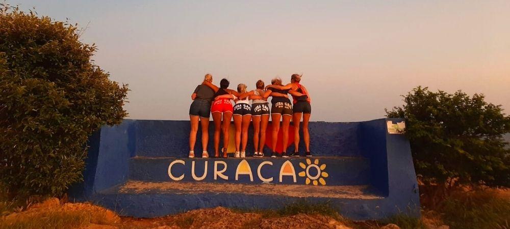 Avontuur zonsondergang op Curaçao Nina Fernando Healthz Zorgprofessionals